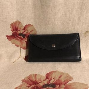 Mezza Luna by Bosca black leather wallet